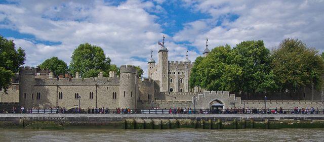 London Aug 14-14