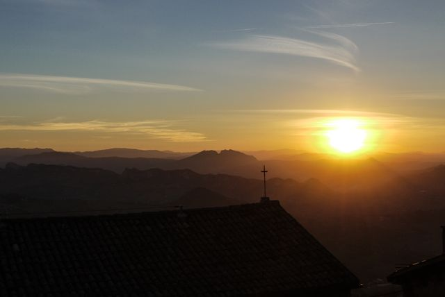 Sunset St marino