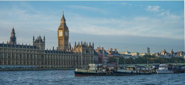 Thames October 28-2